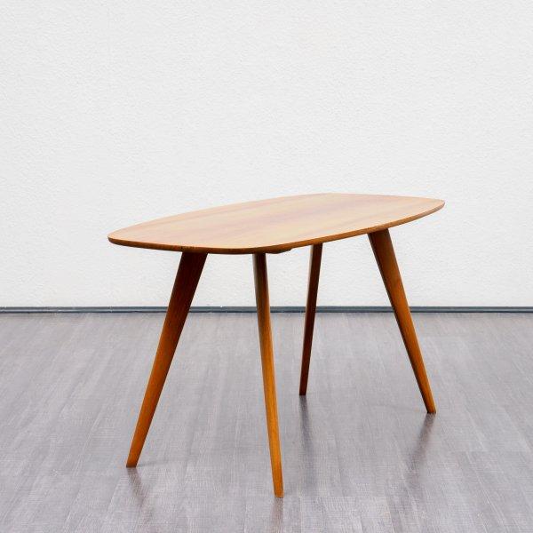 velvet point tische couchtische organischer 50er jahre couchtisch nussbaum karlsruhe. Black Bedroom Furniture Sets. Home Design Ideas